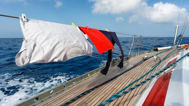 What to take out of clothes with you on a yacht