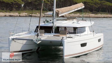 Fountaine Pajot Helia 44 - review