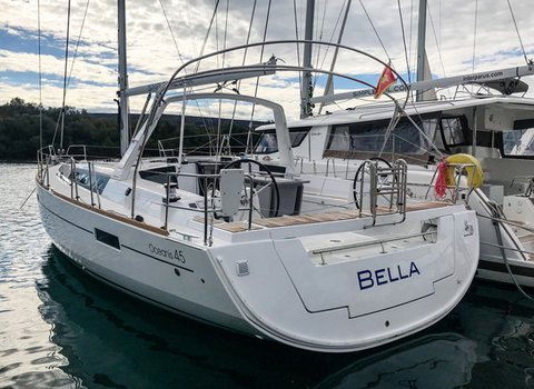 Beneteau Oceanis 45 | Bella <br> 4 Cabins, 2 Bathrooms
