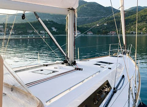 Beneteau Oceanis 45 | Mambo1 <br> 4 Cabins, 2 Bathrooms